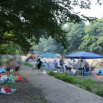巾着田キャンプ場8月の混雑状況