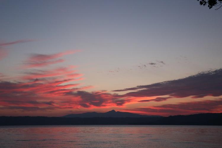 洞爺湖の夕焼け