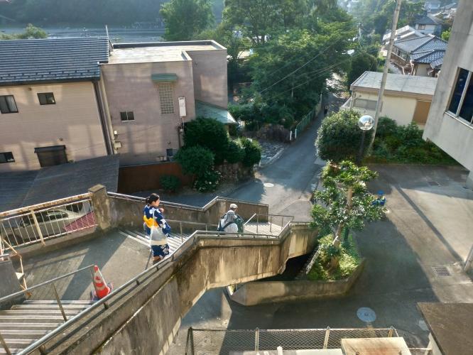 飯能河原へ続く階段