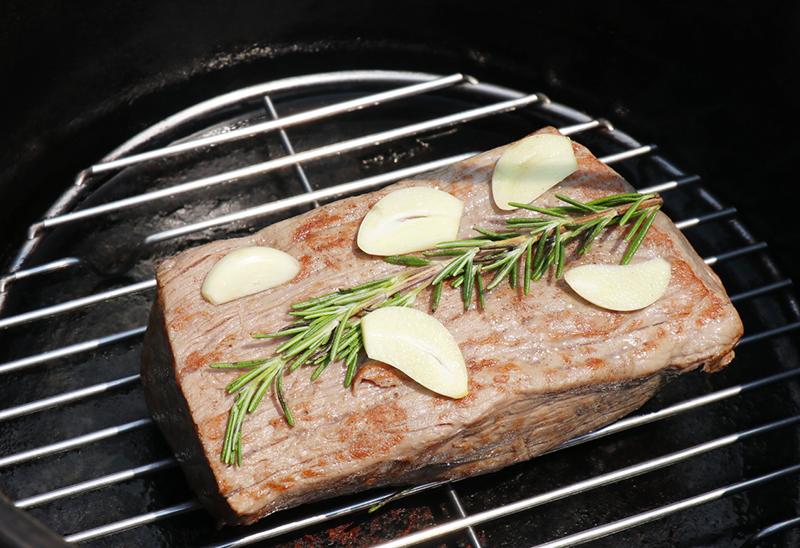 ダッチオーブンでローストビーフ01