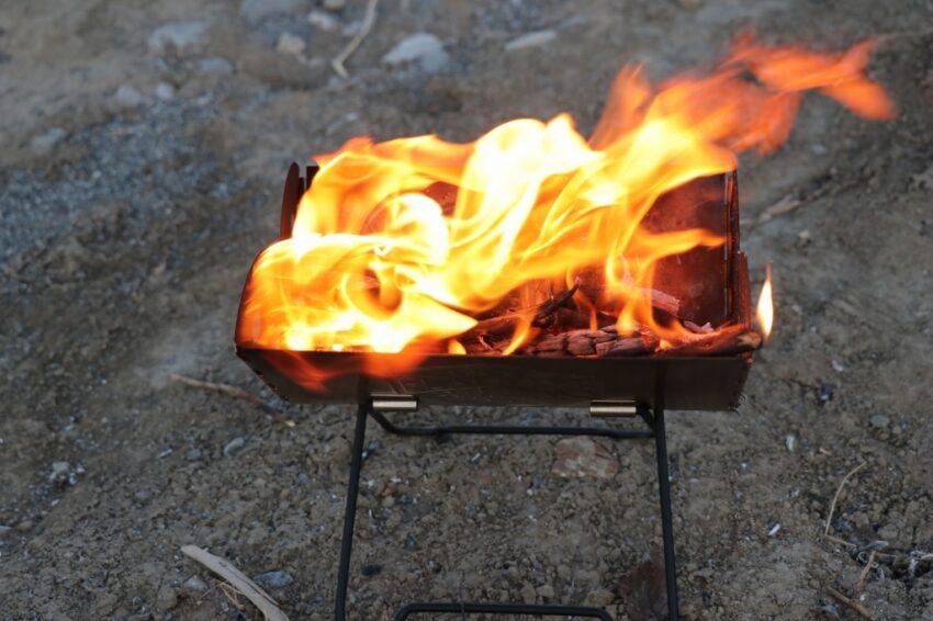 かわせみ河原で焚き火